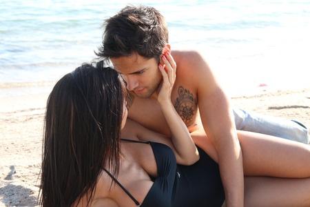 Tyrimai rodo, kad vasarą seksu užsiimama dažniau
